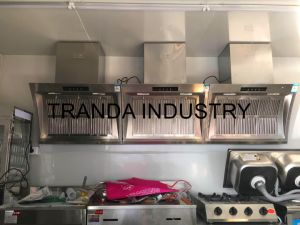 Running Hot Dog Trailer Catering Truck with Toliet and Back Free Stage pictures & photos
