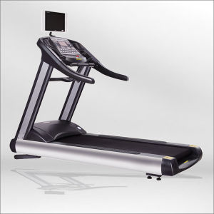 Motorized Body Fit Treadmill/Commercial Motorized Treadmill for Gym (BCT09) pictures & photos