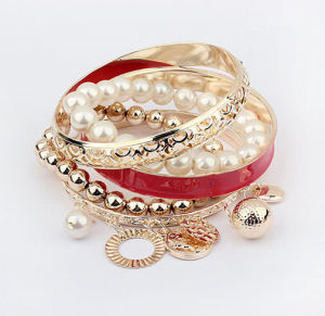 Fashion Jewelry Pearl Pierced Multilayer Beads Bangle Charm Bracelet pictures & photos