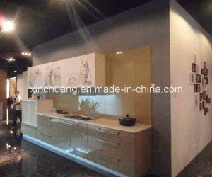 Professional China Foshan Kitchen Cabinet Manufacturer pictures & photos