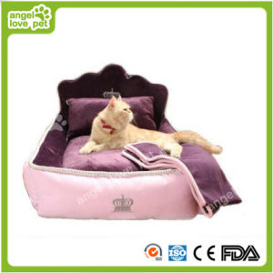 High Quality Aristocratic Soft Comfortable Pet Bed (HN-pH579) pictures & photos