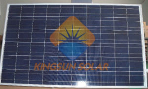 235-260W Polycrystalline Silicone Solar Panel with Ce TUV Approved pictures & photos