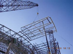 Professional Design Prefabricated Curved Steel Truss Roofing pictures & photos