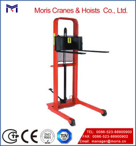 Hand Operated Hydraulic Platform Fork Stacker pictures & photos