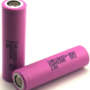 Original Cylindrical 3.7V Samsung 30q Rechargeable 18650 Li Ion Battery pictures & photos