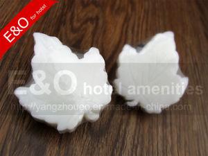 Disposable White Leaf Bath Mini Hotel Soap pictures & photos