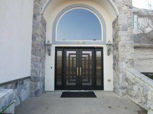 Sz-D026 Luxury Modern Design Iron Entry Double Door pictures & photos