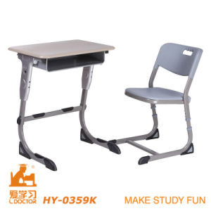 Strong Modern University School Desk and Chairs/School Furniture Sets pictures & photos