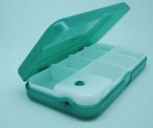 Novelty Square Plastic 7 Compartments Pill Box pictures & photos