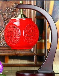 Antique Chinese Red Porcelain Lamp La-06 pictures & photos