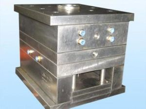 High Quality Plastic Injection Moulding Base pictures & photos