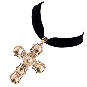 Fashion Female Short Golden Cross Crystal Pendant Velvet Choker Necklace Jewelry pictures & photos