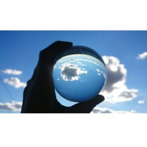Feng Shui Clear Magic Glass Crystal Ball for Decoration pictures & photos