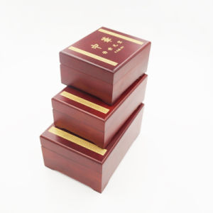 Shenzhen Exporter OEM ODM Custom Wooden Box (J99-M) pictures & photos