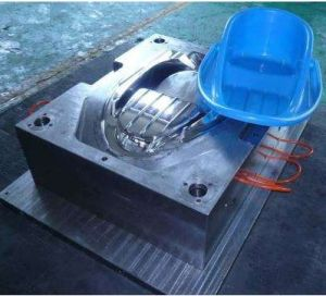 Injection Mould Electronic Shell Injection Mould pictures & photos