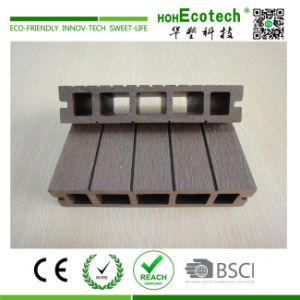 Outdoor Barefoot Wood Plastic Composite Decking pictures & photos