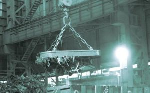 Lifting Electro Magnet MW5 for Scraps in Steel Melting Shop pictures & photos