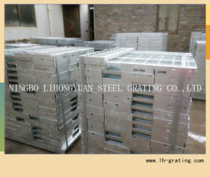 Hot Dipped Galvanized Steel Stair Tread with Nosing pictures & photos