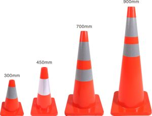 Jiachen Factory Direct Sale 700mm Traffic Cone pictures & photos