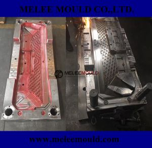 Melee Plastic Auto Parts Molding pictures & photos