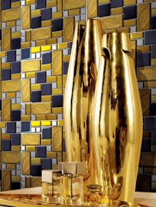 300X300mm Golden Silver Crystal Glass Mosaic for The Wall and Floor pictures & photos