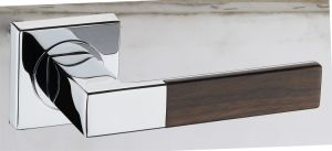Hot Zinc Alloy Door Lock Handle (Z0-0170 CPB) pictures & photos