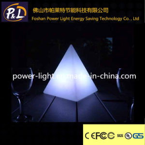 Hotselling Flashing LED Small Pyramid Lamp for Decoration pictures & photos