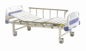 Moveable Fowler Manual Medical Bed with Two Functions Adjustable (XH-C-8) pictures & photos