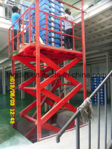 Heavy Duty 8000kg Vertical Hydraulic Freight Elevator for Sale pictures & photos