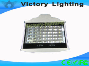 Energy-Saving IP65 42W LED Streetlight From China pictures & photos
