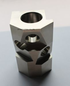 Customized Precision CNC Machining Part pictures & photos