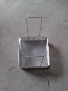 Stainless Steel Mesh Basket with Handle pictures & photos