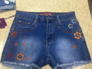 Embroidery Curling Casual Women Short Denim Jeans pictures & photos