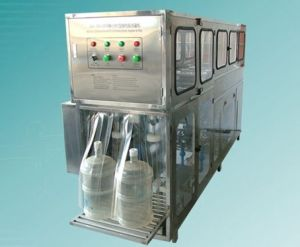300bottles/Hour Water Bottling Machine for 5gallon Bottle pictures & photos