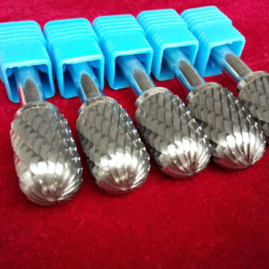 Extensive Range of Carbide Burrs at High Speed
