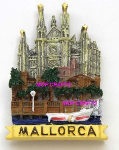 Polyresin 3D Building Magnet with Good Painting Colors pictures & photos