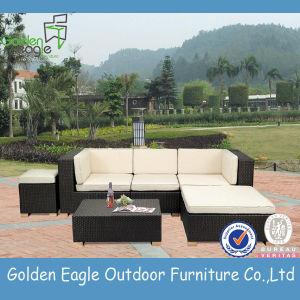 PE Rattan Outdoor Furniture UV-Resistant Garden Sofa
