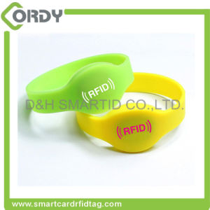 cheap MIFARE 1k bracelet 13.56MHz RFID silicone wristbands pictures & photos