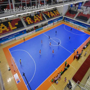 Top Quality Roll and Interlock Sport Floor for Football / Futsa Basketball L Court pictures & photos