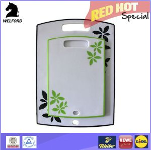 Hot Sale Hangable Anti-Slip Plastic Cutting Board Kitchen pictures & photos