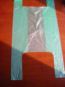 HDPE T-Shirt Bags on Roll pictures & photos