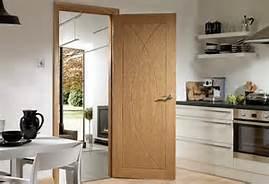 Diverse Style Wooden Fire Door with BS Standard Exterior Door pictures & photos