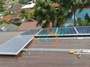 Solar Bracket Slope Roof / Pitched Roof PV Solar Panel Installation pictures & photos