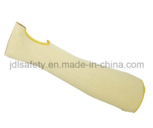 Heat Proof Cut Resistant Level-5 Sleeve with Thumb Hole (K6104) pictures & photos