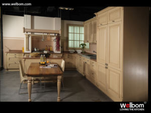 Welbom European Style White Solid Wood Kitchen Cabinet pictures & photos