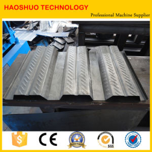 High Quality Metal Deck Roll Forming Machine pictures & photos