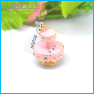 Kids Jewelry Pink Cake Stand Metal Charm #19535 pictures & photos
