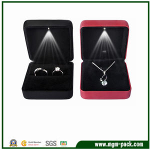 High Quality Fashion LED Packaging Metal Jewelry Box pictures & photos
