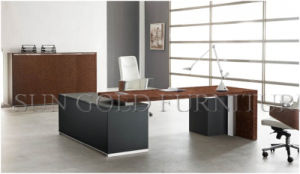Latest Quality Wooden Office Table Design with Metal Legs (SZ-OD486) pictures & photos