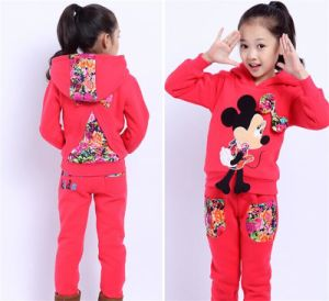 Girls Fall and Winter Thick Velvet Casual Suit with Bow Knot pictures & photos